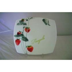 Обеденная тарелка «Клубника» 27 см