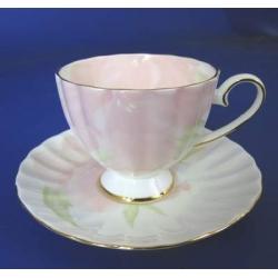 Н 1070011 Ирис ПИНК н-р 220мл чашек чайных высоких с блюдцем 6/12 (зол.лента)