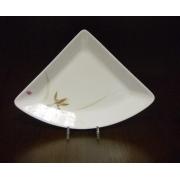 Блюдо треугольное M «Восточная орхидея»