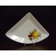 Блюдо треугольное M «Фрукты айвори»