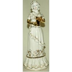 Статуэтка «Девушка с собакой» (белая с золотом)