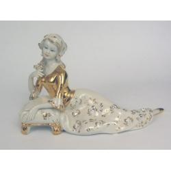 43612 статуэтка «Дама на подушечке» 15см (золото)