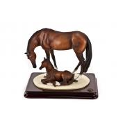 Cкульптура «Лошадь с жеребенком» высота 19см