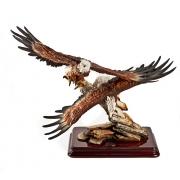 Скульптура «Пара орлов»