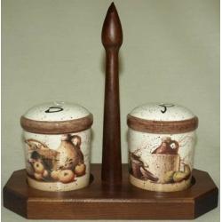 Набор для специй на деревянной подставке «Кухня»