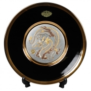 Тарелка декоративная 20 см черная с подставкой Золотой дракон (silver)