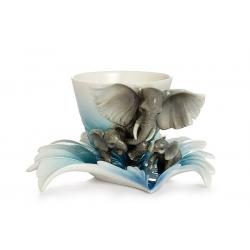 Чашка с блюдцем «Слоны»