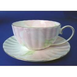 Н 1070011 Ирис ПИНК н-р 370мл чашка чайная с блюдцем 1/2 (зол.лента)