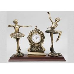 Часы с балеринами на подставке кашт. 26х35см.