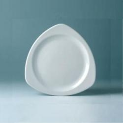 Тарелка трехугольная 18.5см фарфор