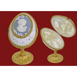 Декоративная шкатулка «Камея»