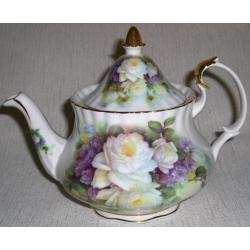 Чайник «Белые розы и сирень» 0,75 л