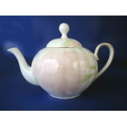 Н 1070011ч Ирис ПИНК чайник 1,5л (зол.лента)