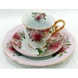 Набор: чашка, блюдце + десертная тарелка «Розовая роза»