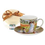 Чашка с блюдцем Прогулка в поле, в подарочной упаковке