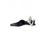 Статуэтка 17 см Отдых черная