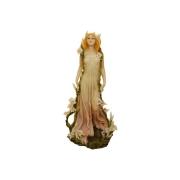 Статуэтка Девушка с лилиями