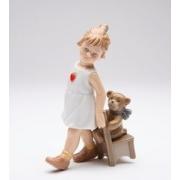 Статуэтка 12,5 см Девочка с мишкой