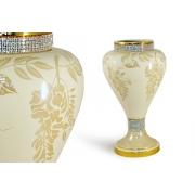 Декоративная ваза «Глициния кремовая»