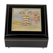 Шкатулка музыкальная черная 13*13 см Древняя Пагода (золотой фон)