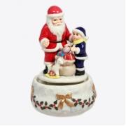 Статуэтка музыкальная, 16,5 см, Дед Мороз с ребенком
