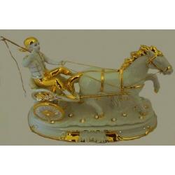 Статуэтка «Жокей» (белая с золотом), размер 24х31 см