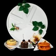 Блюдо для сервировки 5 секций на подносе 42,5см «Бежевая лилия»
