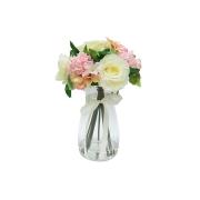 Декор.цветы Розы белые и гортензии розовые в стекл.вазе