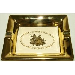Пепельница на ножках «Свидание» 22х18х6,5 см.Золото (ручная работа)