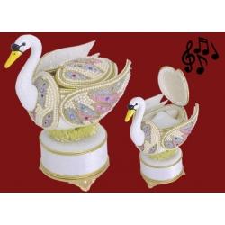 Музыкальная шкатулка «Лебедь»