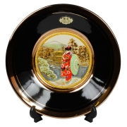 Тарелка декоративная 15 см черная с подставкой Прогулка в Кийото