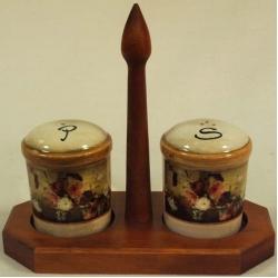 Набор для специй на деревянной подставке «Илария»