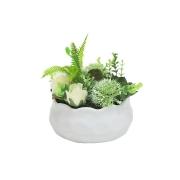 Декоративные цветы Гортензия зеленая и розы в керам вазе