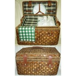 Набор для пикника из темного бамбука и морской травы с подносом на 6 персон (зеленая клетка)