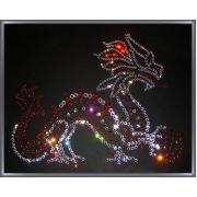 Дракон с шаром, 40х50 см, 689 кристаллов
