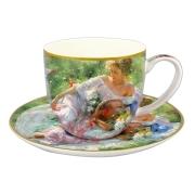Чашка с блюдцем Девушка с корзиной цветов в подарочной упаковке