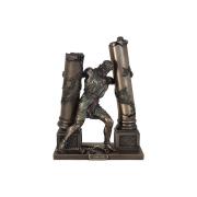 Статуэтка Самсон, обрушивающий колонны