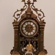 Часы прямоугольн. с маятником каштан