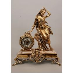 Часы «Дама античная» на мраморной подставке 52х41см.