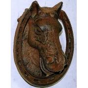 Голова лошади чугун 18х14 см.