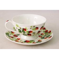 Чашка с блюдцем (0,2л) «Земляника»